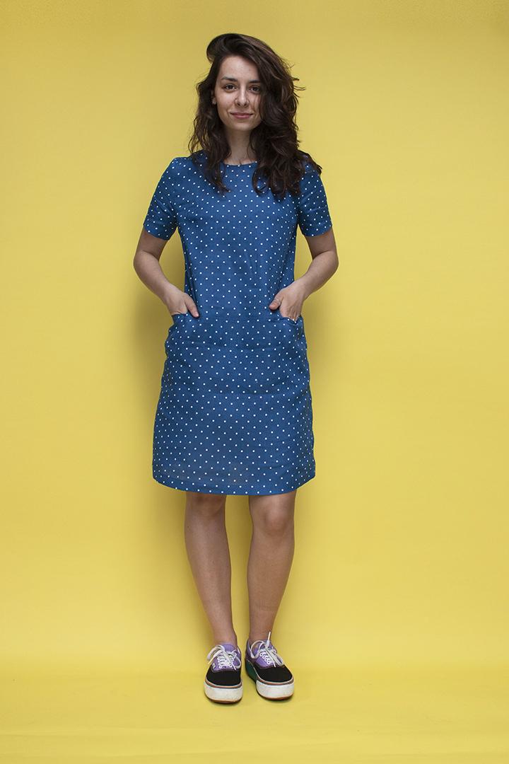 Lininė suknelė su taškučiais